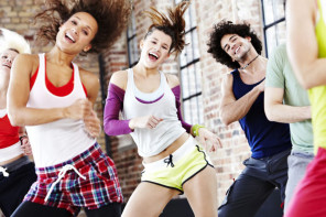 AOK Care Zumba Tanzvideo
